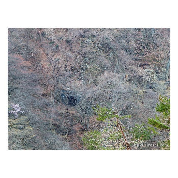 板谷峠鉄道遺構遠望